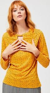 Żółta bluzka Moodo z okrągłym dekoltem z długim rękawem