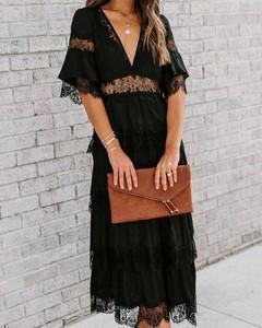 Sukienka Kendallme z dekoltem w kształcie litery v w stylu boho