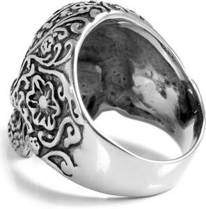 Steelcz Szczegółowy pierścień stalowy z czaszką