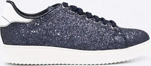 Niebieskie buty sportowe geox z płaską podeszwą sznurowane