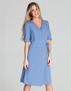 Niebieska sukienka Figl z dekoltem w kształcie litery v