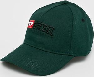 Zielona czapka Diesel