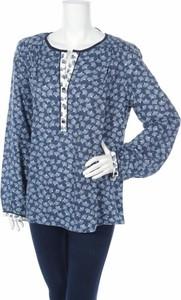 Niebieska bluzka Jacqueline w stylu casual z okrągłym dekoltem
