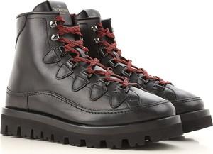 Buty zimowe Valentino Garavani w rockowym stylu