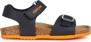 Buty dziecięce letnie Geox ze skóry dla chłopców na rzepy