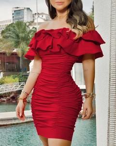 Sukienka Kendallme mini z krótkim rękawem dopasowana