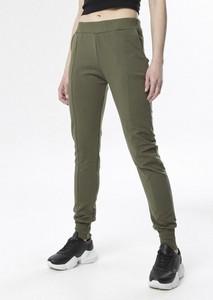 Zielone spodnie born2be w sportowym stylu z dresówki