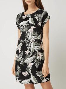 Sukienka Vero Moda z okrągłym dekoltem