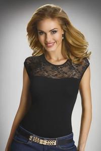 Eldar elegancka damska bluzka z krótkimi rękawami i koronką paulina czarny