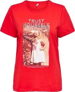Czerwony t-shirt Only z okrągłym dekoltem z krótkim rękawem