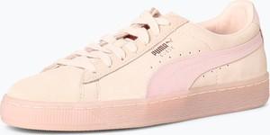 Różowe trampki Puma sznurowane z weluru w sportowym stylu