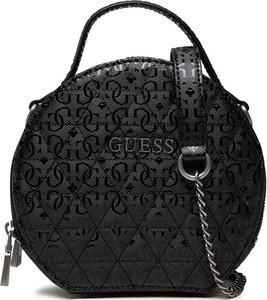 Czarna torebka Guess lakierowana na ramię