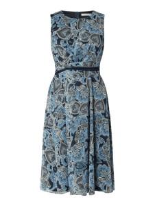 Sukienka Betty & Co White z okrągłym dekoltem maxi bez rękawów