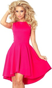 Różowa sukienka NUMOCO z dekoltem w łódkę rozkloszowana mini