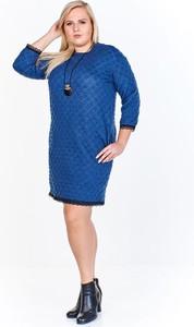 Niebieska sukienka Fokus z jeansu
