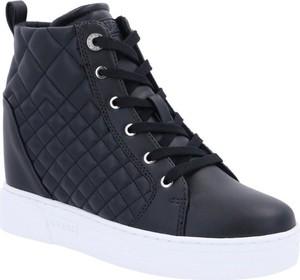 Sneakersy Guess sznurowane na koturnie