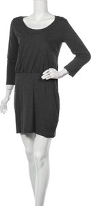 Czarna sukienka H&M z długim rękawem mini