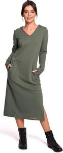 Zielona sukienka Merg w stylu casual maxi z dekoltem w kształcie litery v