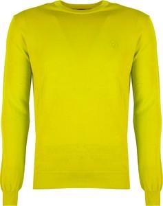 Żółty sweter ubierzsie.com w stylu casual