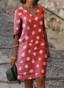Sukienka Cikelly z długim rękawem w stylu casual prosta