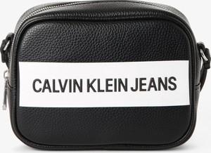 Torebka Calvin Klein na ramię ze skóry