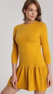 Żółta sukienka Renee w stylu casual mini z okrągłym dekoltem