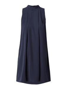 Sukienka YAS z okrągłym dekoltem