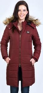 Czerwony płaszcz Sir Raymond Tailor