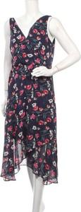Sukienka DKNY asymetryczna z dekoltem w kształcie litery v bez rękawów