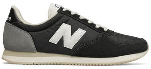 Czarne buty sportowe New Balance z zamszu z płaską podeszwą sznurowane