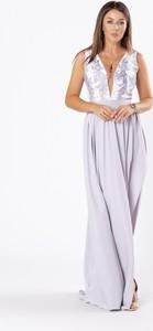 Sukienka Ptakmoda.com z tiulu z dekoltem w kształcie litery v