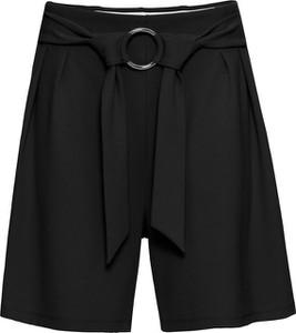 Bonprix bodyflirt krótkie spodnie z ozdobnym elementem w optyce paska w talii