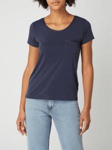 T-shirt Soaked in Luxury w stylu casual z okrągłym dekoltem