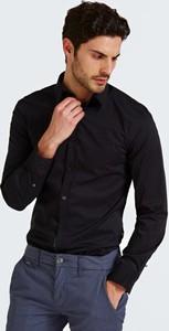 Czarna koszula Guess w stylu casual z długim rękawem