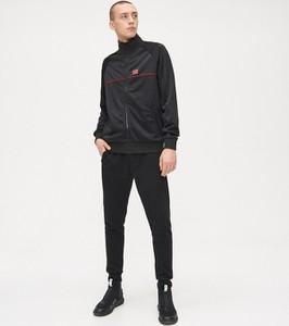 Czarna bluza Cropp z nadrukiem