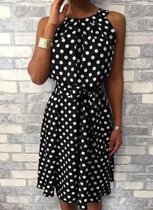 Czarna sukienka Arilook mini z bawełny