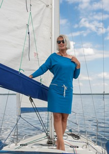 Niebieska sukienka Dreskot z długim rękawem mini