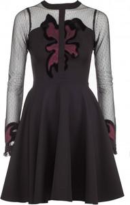 Brązowa sukienka VISSAVI z okrągłym dekoltem mini