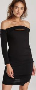 Czarna sukienka Renee dopasowana z długim rękawem hiszpanka