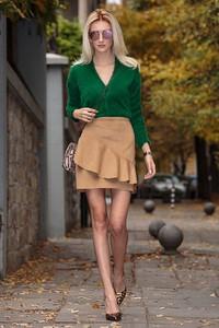 Zielony sweter Ivet.pl w stylu casual