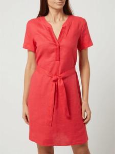 Czerwona sukienka Taifun z krótkim rękawem z lnu z dekoltem w kształcie litery v