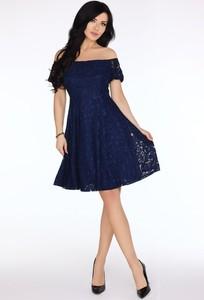 Niebieska sukienka Fokus z krótkim rękawem hiszpanka