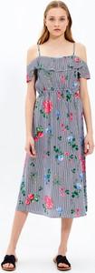 Sukienka Gate z krótkim rękawem midi w stylu casual