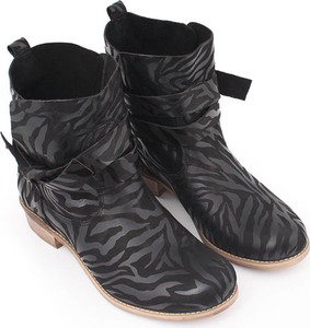 Czarne botki Zapato sznurowane
