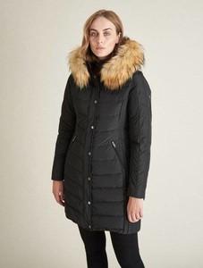 Czarny płaszcz Saki w stylu casual