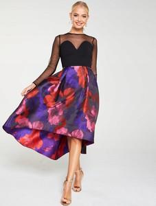 Sukienka V by Very z dekoltem w kształcie litery v z szyfonu asymetryczna