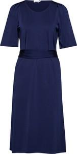 Sukienka Filippa K z krótkim rękawem midi