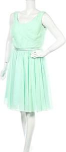 Zielona sukienka Remedios rozkloszowana