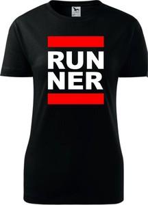 Czarny t-shirt TopKoszulki.pl z okrągłym dekoltem w młodzieżowym stylu