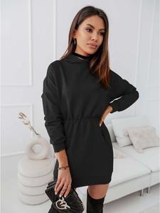 Czarna sukienka magmac.pl z długim rękawem w stylu casual z dresówki